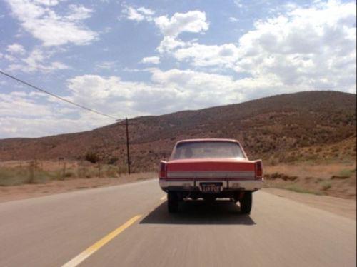 Duel Plymouth Valiant rear